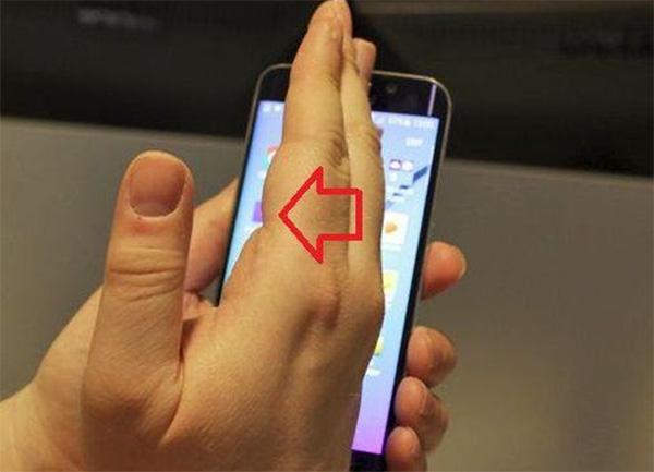 Cách chụp ảnh màn hình Galaxy A7 (1)