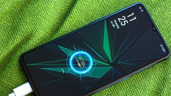 Sạc nhanh chắc chắn ảnh hưởng tới chất lượng pin điện thoại nhưng không phải ngay lập tức và không quá lớn